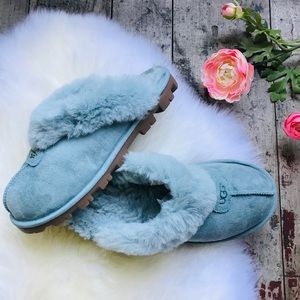 UGG blue loafers slippers Sz 8 women's
